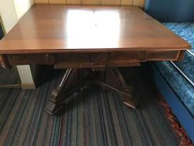 End Table of 12-13-17 West Household & Collectibles Auction