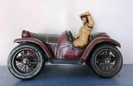 Vintage Car Deco of 12-13-17 West Household & Collectibles Auction